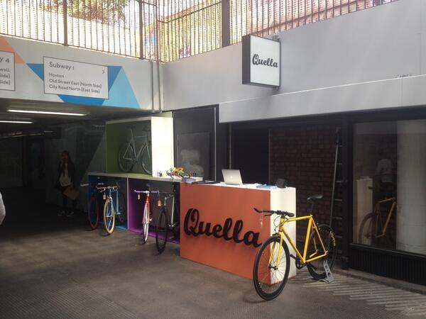 pop-up store in metro Quella