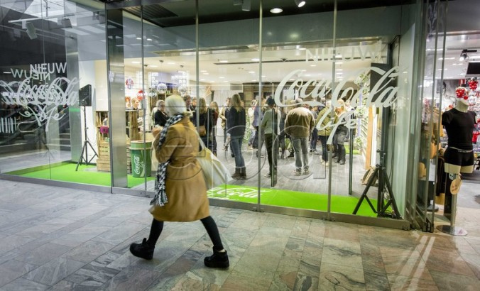 Coca Cola Life pop up store