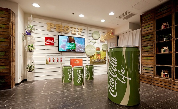 Coca Cola life pop-up shop